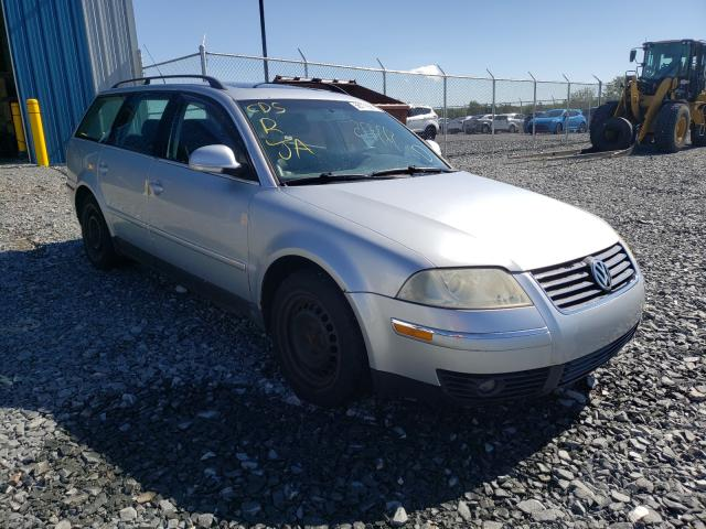 Salvage cars for sale from Copart Cow Bay, NS: 2005 Volkswagen Passat GLS