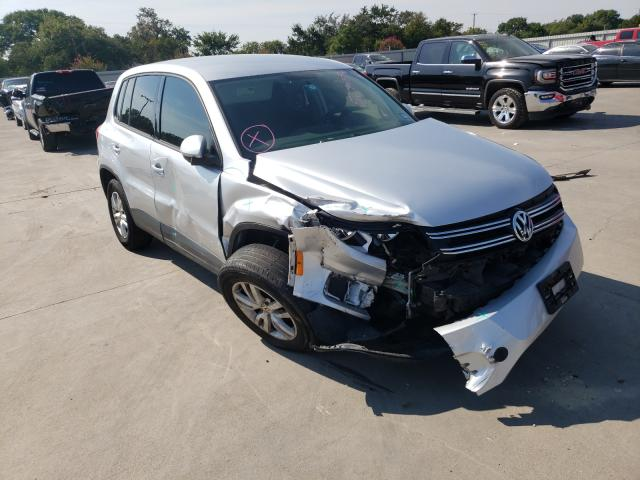 Vehiculos salvage en venta de Copart Wilmer, TX: 2014 Volkswagen Tiguan S