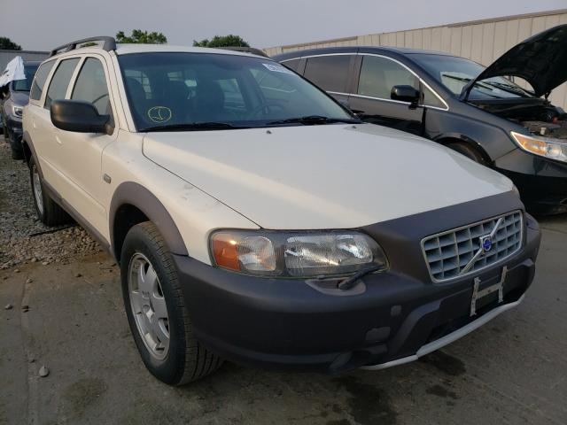 Salvage cars for sale at Cudahy, WI auction: 2003 Volvo XC70