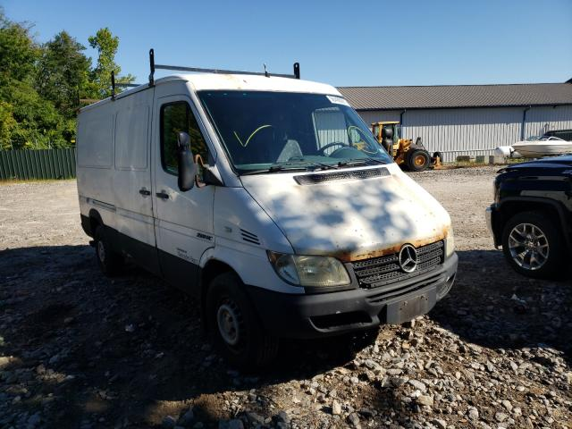 Salvage cars for sale from Copart Candia, NH: 2005 Freightliner Sprinter 2