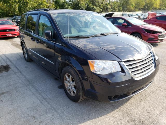Salvage cars for sale from Copart Ellwood City, PA: 2010 Chrysler Town & Country