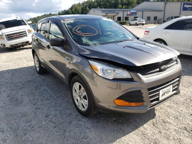 Salvage cars for sale from Copart Hurricane, WV: 2013 Ford Escape S