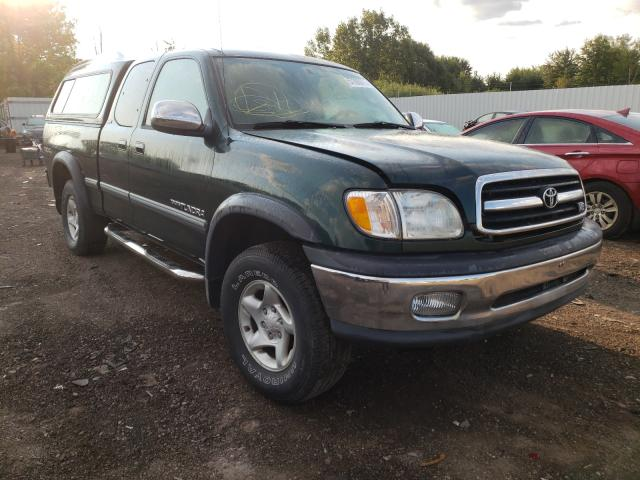 Salvage trucks for sale at Columbia Station, OH auction: 2000 Toyota Tundra ACC