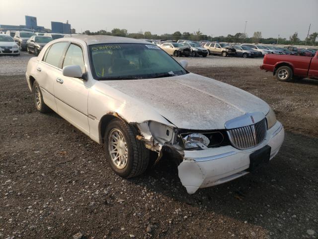 Vehiculos salvage en venta de Copart Des Moines, IA: 1998 Lincoln Town Car S
