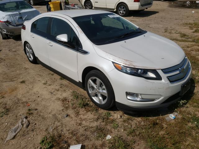Salvage cars for sale from Copart Madison, WI: 2015 Chevrolet Volt