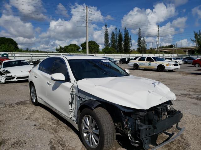 Infiniti Vehiculos salvage en venta: 2014 Infiniti Q50 Base