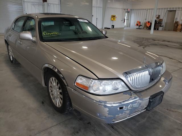 Lincoln Vehiculos salvage en venta: 2003 Lincoln Town Car