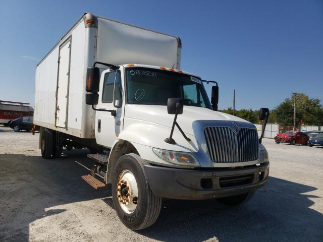 Salvage cars for sale from Copart Des Moines, IA: 2006 International 4000 4300