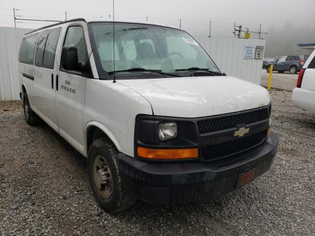 Salvage cars for sale from Copart Hurricane, WV: 2007 Chevrolet Express G3