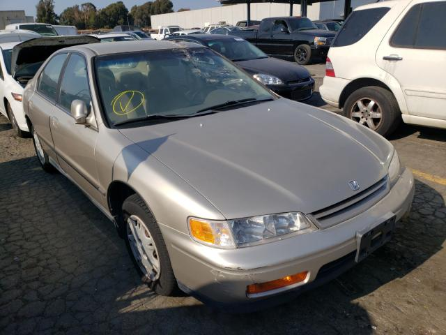 Salvage cars for sale from Copart Hayward, CA: 1995 Honda Accord LX