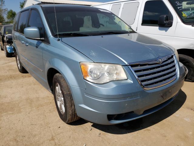 2A4RR5D19AR176303-2010-chrysler-minivan