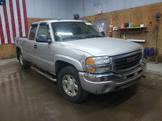 Salvage cars for sale from Copart Kincheloe, MI: 2004 GMC New Sierra