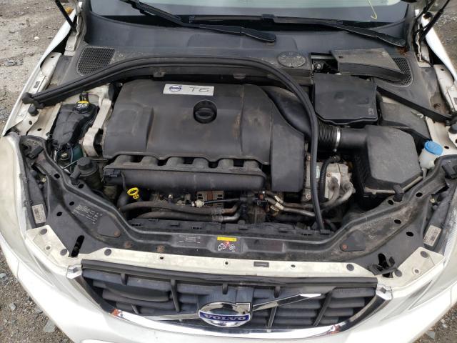 2011 VOLVO XC60 T6