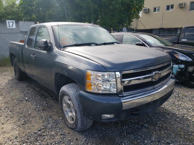 Salvage trucks for sale at Opa Locka, FL auction: 2008 Chevrolet Silverado
