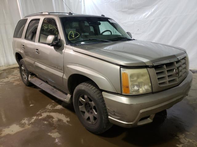 Salvage cars for sale from Copart Central Square, NY: 2003 Cadillac Escalade L