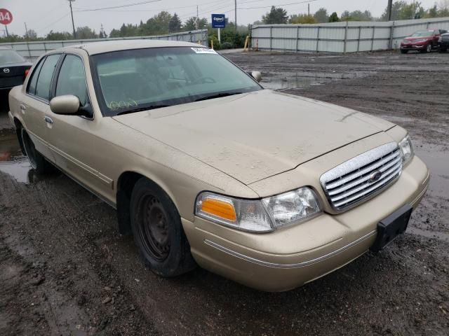Salvage cars for sale at Columbia Station, OH auction: 1999 Ford Crown Victoria