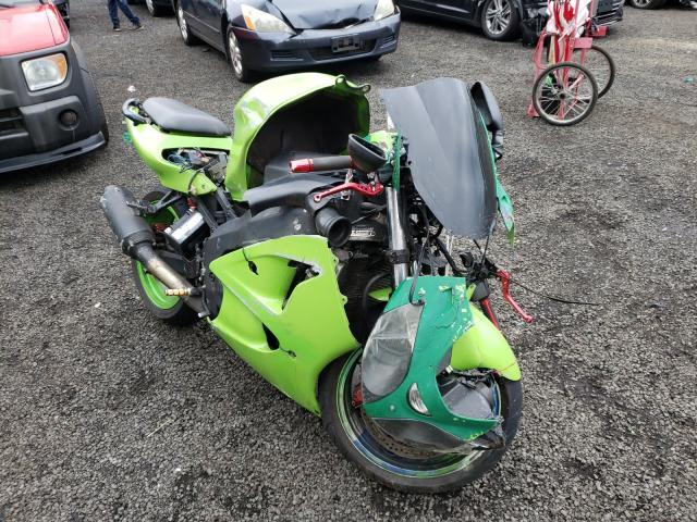 Salvage cars for sale from Copart New Britain, CT: 2000 Kawasaki ZX600 J1