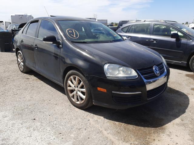 Salvage cars for sale at Tucson, AZ auction: 2010 Volkswagen Jetta SE