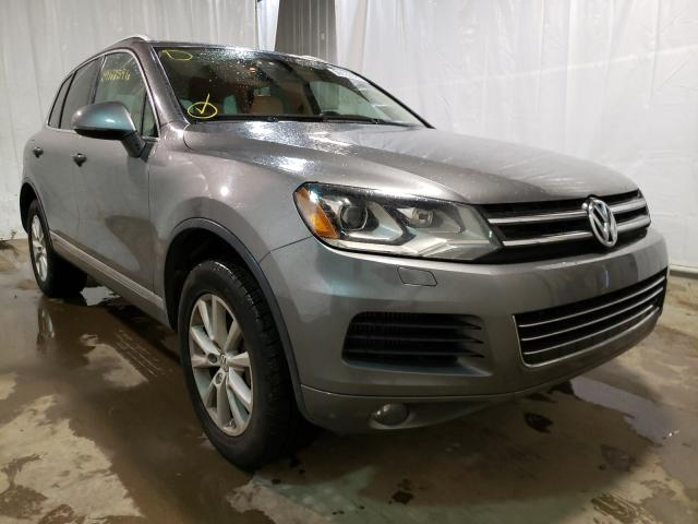 Salvage cars for sale from Copart Central Square, NY: 2013 Volkswagen Touareg V6