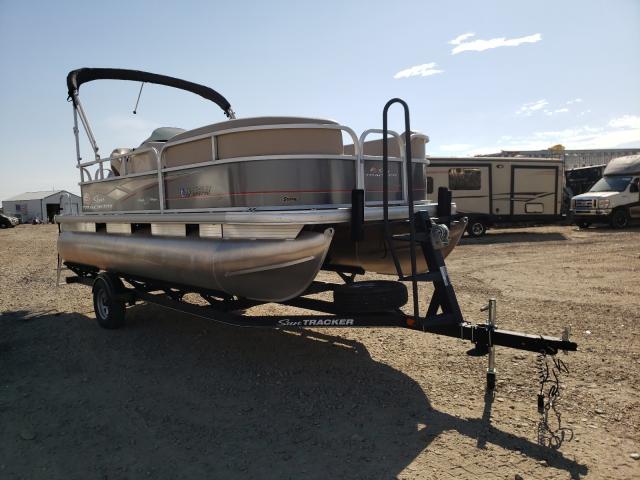 Suntracker salvage cars for sale: 2019 Suntracker Boat