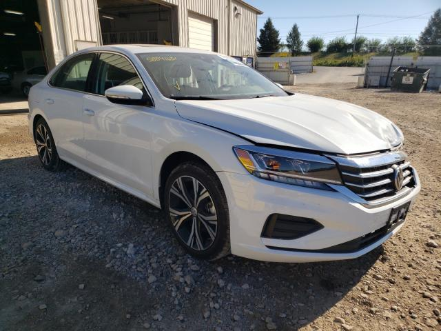 Salvage cars for sale from Copart Des Moines, IA: 2021 Volkswagen Passat SE