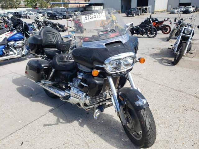 Salvage motorcycles for sale at New Orleans, LA auction: 2000 Honda GL1500 CF