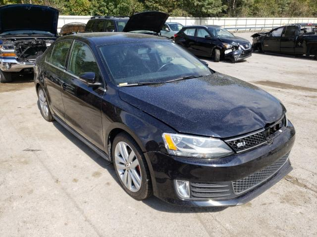 Salvage cars for sale from Copart Ellwood City, PA: 2014 Volkswagen Jetta GLI