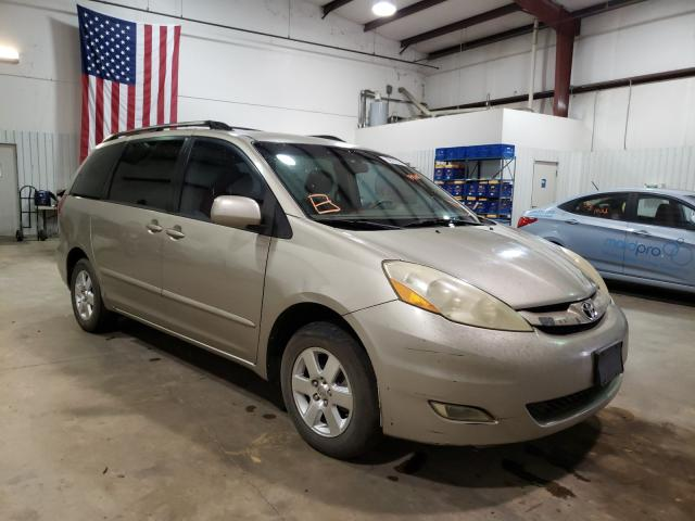 Salvage cars for sale from Copart Lufkin, TX: 2006 Toyota Sienna XLE