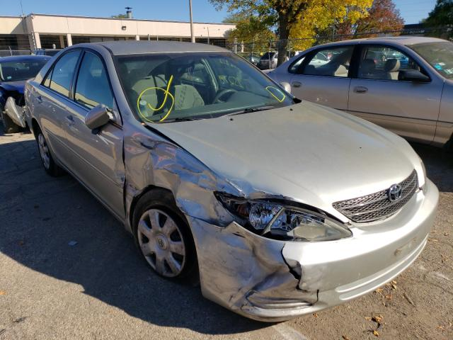 Salvage cars for sale from Copart Wheeling, IL: 2003 Toyota Camry LE