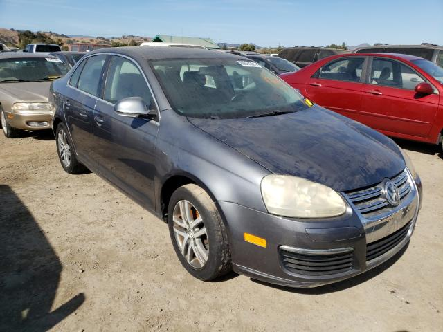 Salvage cars for sale from Copart San Martin, CA: 2005 Volkswagen New Jetta