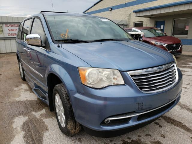 2011 Chrysler Town & Country for sale in Houston, TX