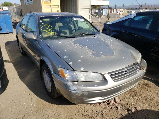 Salvage cars for sale from Copart San Martin, CA: 1997 Toyota Camry LE