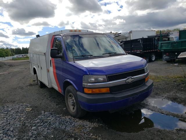 Salvage cars for sale from Copart Marlboro, NY: 2006 Chevrolet Express G3