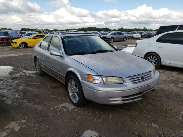 Salvage cars for sale from Copart Temple, TX: 1997 Toyota Camry LE