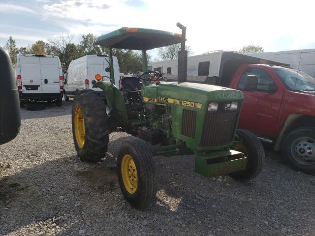 John Deere Vehiculos salvage en venta: 1983 John Deere Tractor
