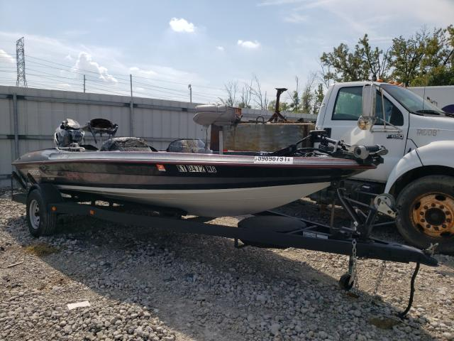 Salvage boats for sale at Louisville, KY auction: 1996 Stratos Boat