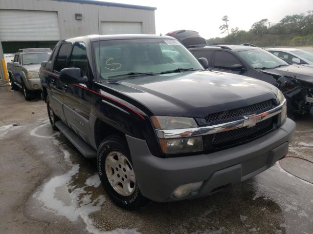 Salvage cars for sale from Copart Fort Pierce, FL: 2002 Chevrolet Avalanche