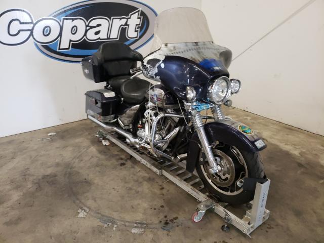 Salvage motorcycles for sale at Portland, OR auction: 2009 Harley-Davidson Flhx