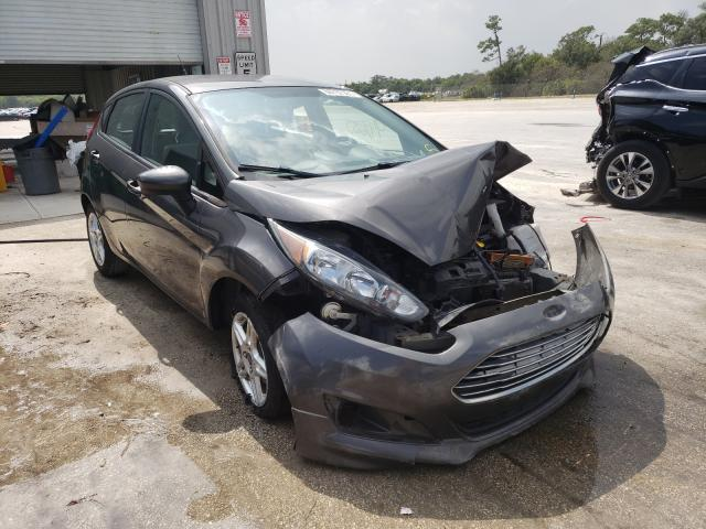 Salvage cars for sale from Copart Fort Pierce, FL: 2017 Ford Fiesta SE