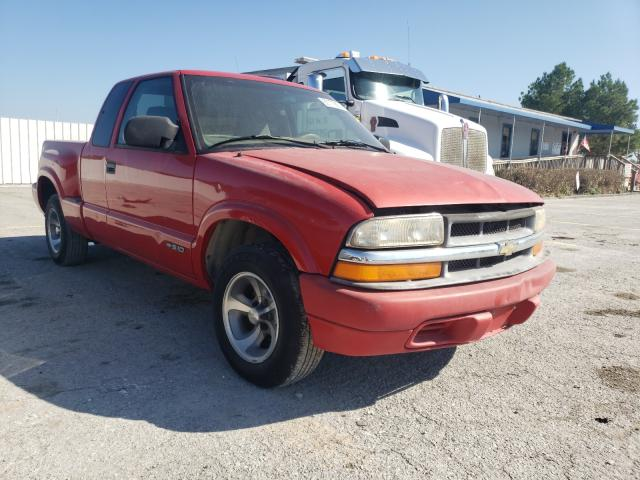 Salvage trucks for sale at Prairie Grove, AR auction: 2000 Chevrolet S Truck S1