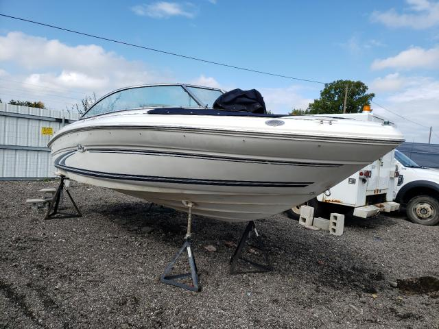 Salvage boats for sale at Columbia Station, OH auction: 1999 Sea Ray Boat