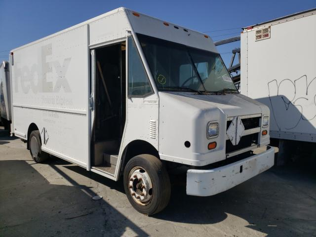 Salvage cars for sale from Copart Sun Valley, CA: 2000 Freightliner Chassis M