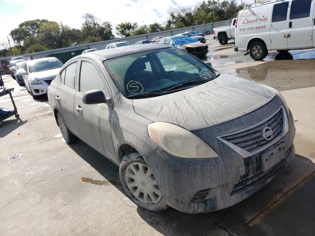 2012 Nissan Versa S en venta en Wilmer, TX